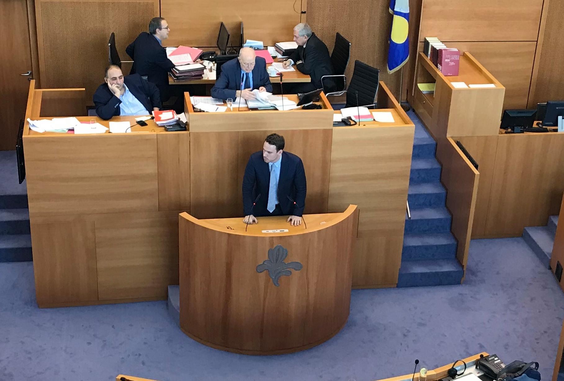 Dans les coulisses du Parlement