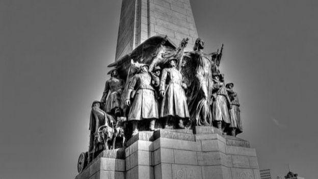 Participation aux commémorations de la guerre 14-18 et création d'un monument commémorant l'Armistice »