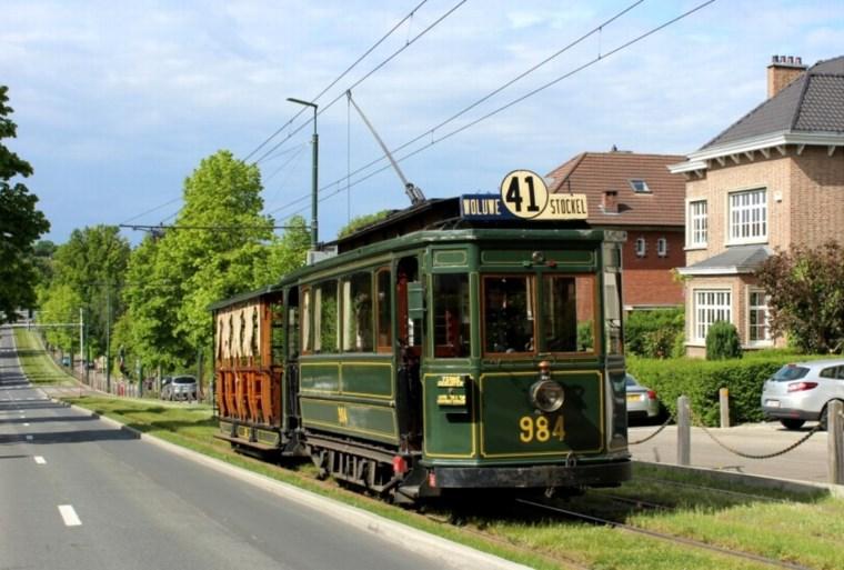 Tour en petit tram ancien de 1935 et/ou visite du musée du tram