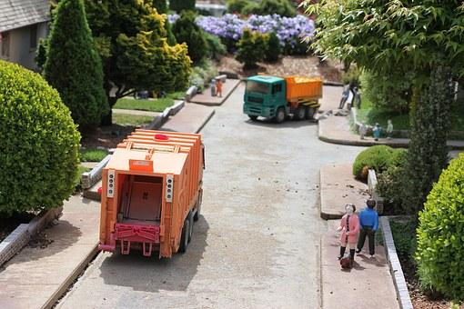 Vous avez déjà été bloqué derrière un camion poubelle ?