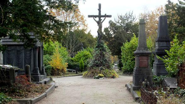 Visite guidée: L'ancien cimetière du Dieweg