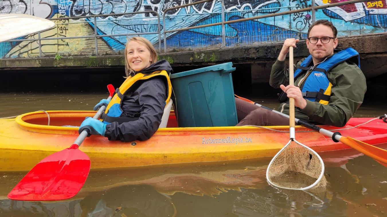 Un bras anti-déchets pour un canal plus propre